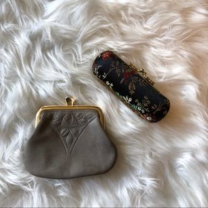 Vintage Set of Makeup and Coin Pouch ☀️